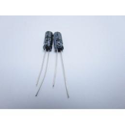 10 pezzi Condensatori elettrolitici condensatore radiale 10uF 50v 5mmx11mm
