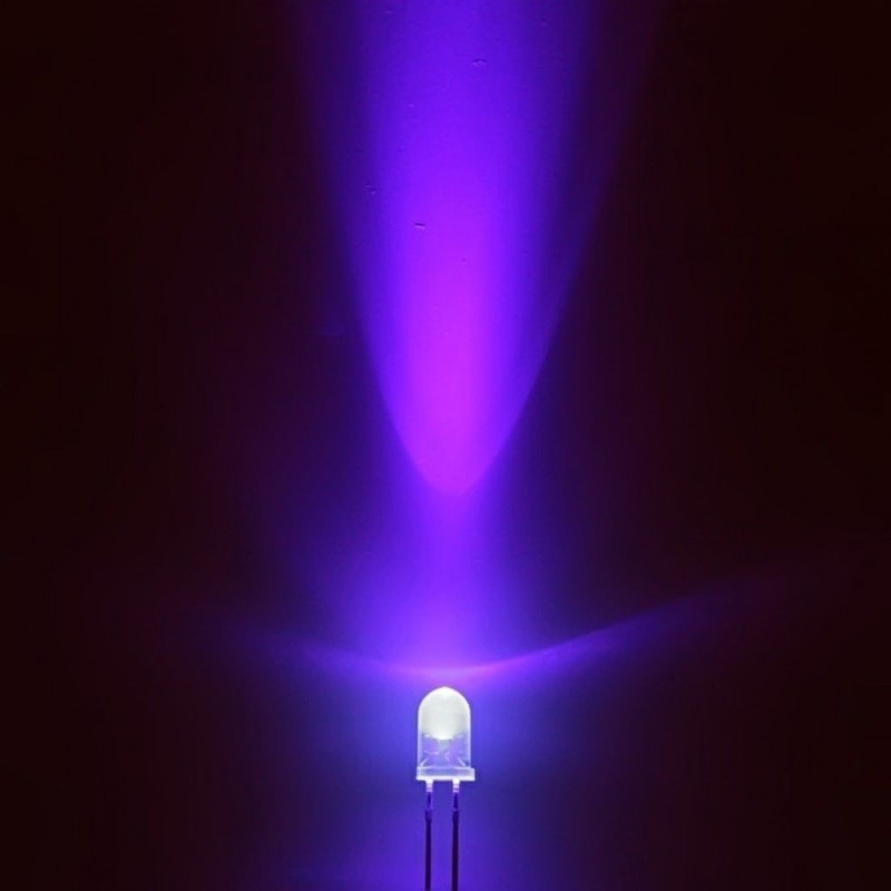 Led uv 5mm purple viola emettitore ad alta luminosita' 2000 mcd 3,2v