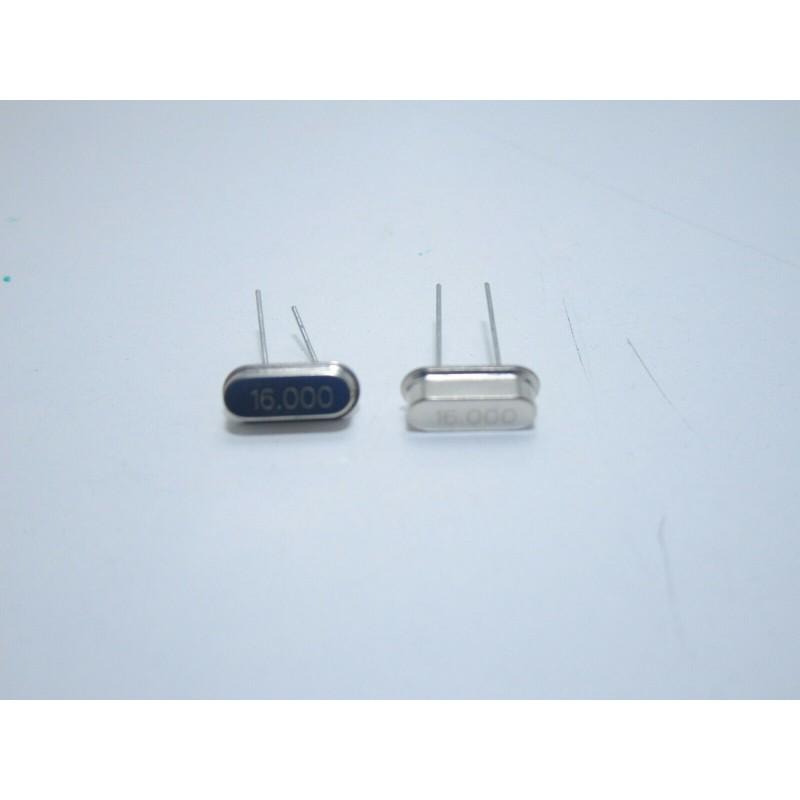 2 pz Mini quarzo 16.000MHz HC49S per microcontrollori atmega pic oscillatori